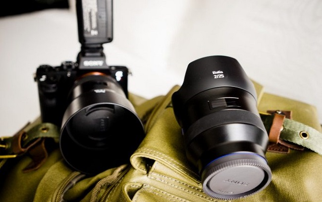 Ống Kính Zeiss Batis 25mm F/2 Lens for Sony FE